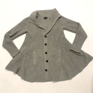 ☘️ Theory gray bell buttons cardigan S